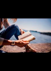 ТОП-8 изменений, которые происходят с каждым любителем чтения